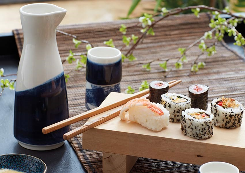 World of Flavours Oriental Sake Set With Blue Hue