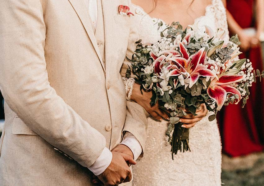 top tip for wedding flowers