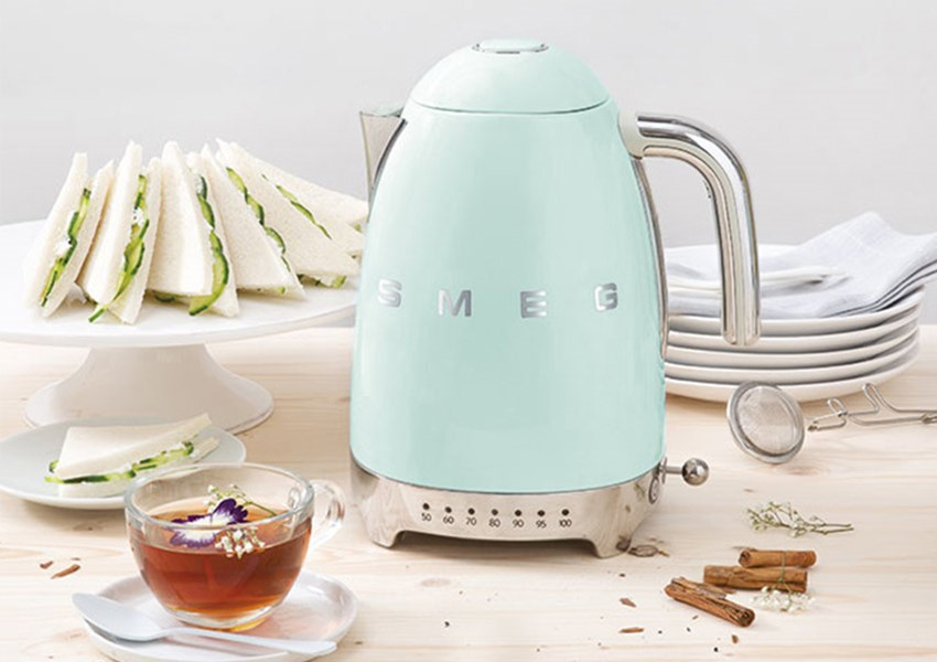 Mint green smeg kettle for afternoon tea party